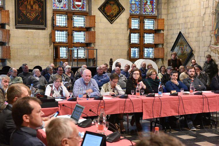 Er was gisteren veel volk op de gemeenteraad. Zij kwamen vooral om de discussie over de uitbreiding van het industriegebied te aanhoren.