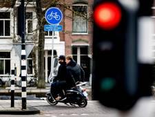 Scooters blijven op het fietspad rijden