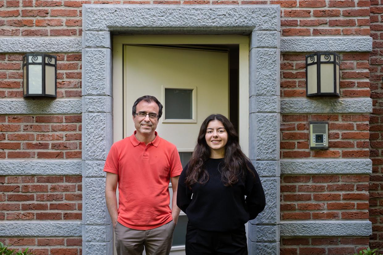 Dokter Ercan Cesmeli en zijn dochter.