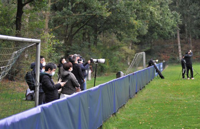 De trainingen in Doorwerth vinden plaats onder grote belangstelling van de Japanse pers.