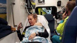 """Agente neemt ontroostbare baby op schoot na verkeersongeluk: """"Moederinstinct"""""""