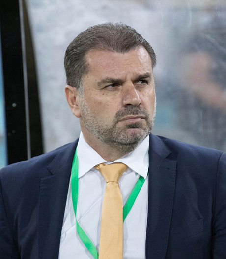 Bondscoach Australië dient ondanks WK-ticket ontslag in