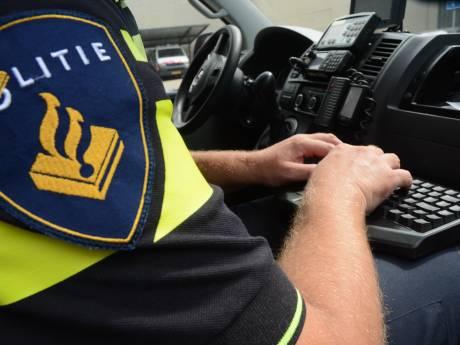 Politie vangt bot bij grootscheepse controle bij camping Onze Hoeve in Bruinisse