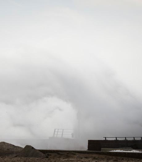 Het stormt weer in Nederland: windkracht 9 gemeten