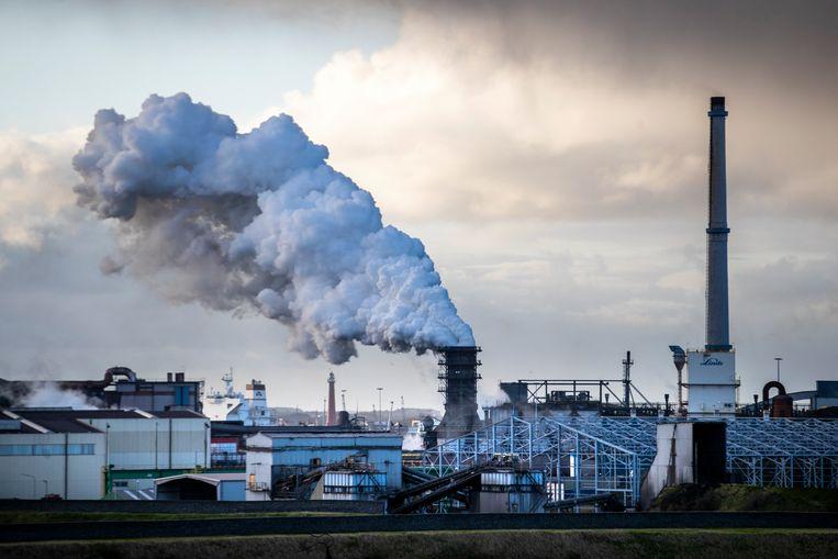 Staalconcern Tata Steel heeft aangegeven dat er in Nederland geen gedwongen ontslagen zullen vangen. Beeld ANP