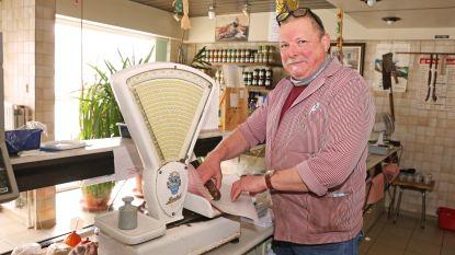 """Elektriciteitspanne treft handelaars Sint-Hubertusplein: """"Dan gebruiken we net als vroeger de oude weegschaal"""""""