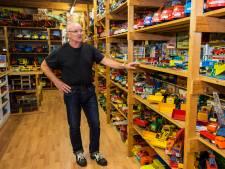 Bas kan niets weggooien en heeft nu een museum vol miniatuurauto's