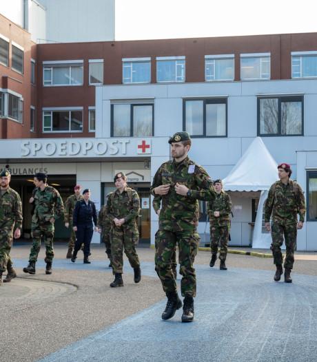 Ziekenhuis in Ede verwelkomt zes artsen en twaalf verpleegkundigen van defensie