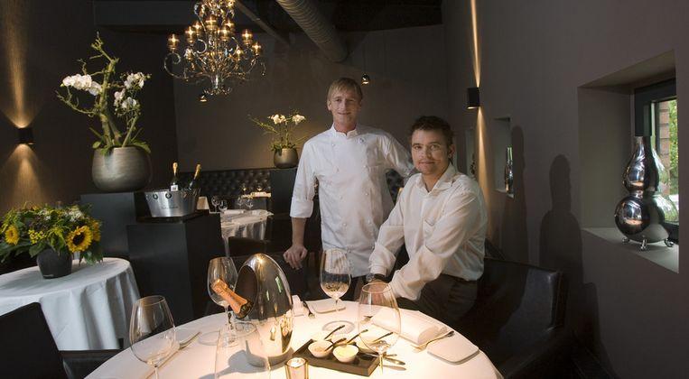 Robbert Veuger en Stefan van Sprang in hun restaurant Aan de Poel in Amstelveen. Beeld anp