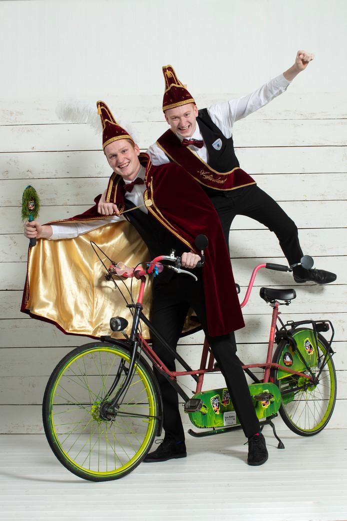 Jokheer Thijs Katier en zijn adjudant Joost Katier