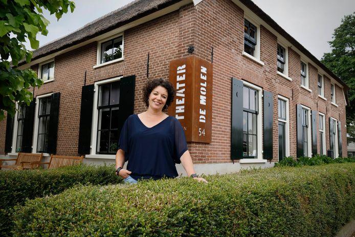 Programmeur Femke Arts van theater de Molen in Beuningen.