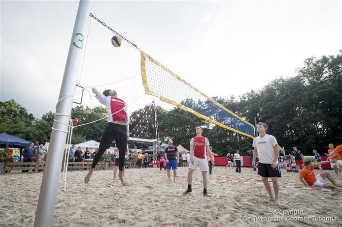Albergen wil graag een beachsportveld dat door een reeks verenigingen gebruikt gaat worden.