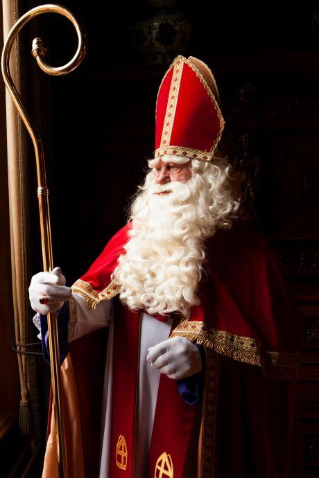 Sinterklaas werkt dit jaar 'gewoon' door, maar dat doet hij wél heel anders dan normaal