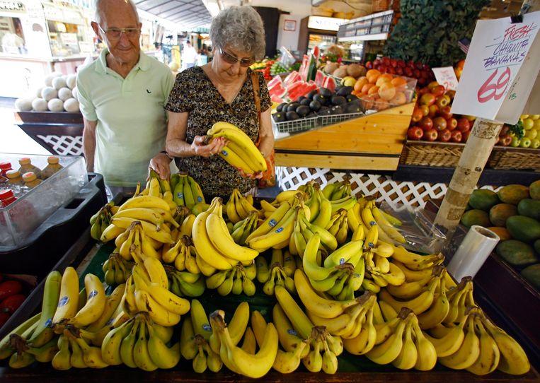 Chiquita-bananen op een markt in Los Angeles. Beeld null
