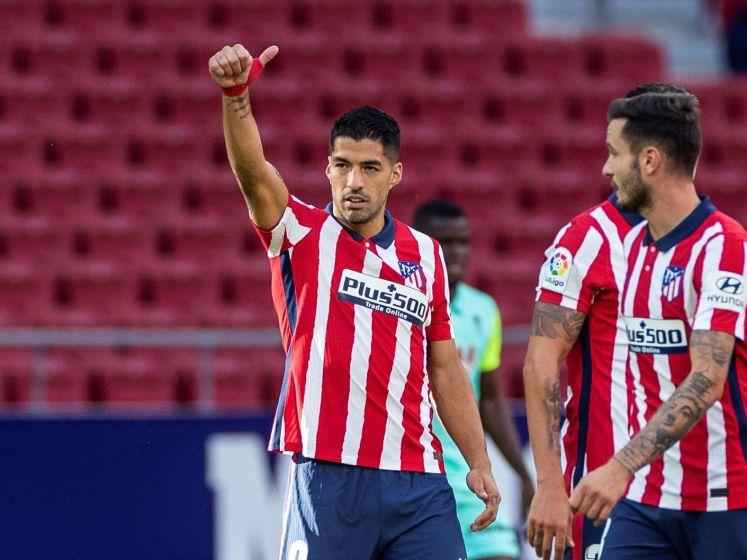 Suárez schittert bij debuut voor Atlético Madrid