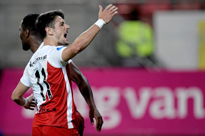 Adrian Dalmau na zijn goal