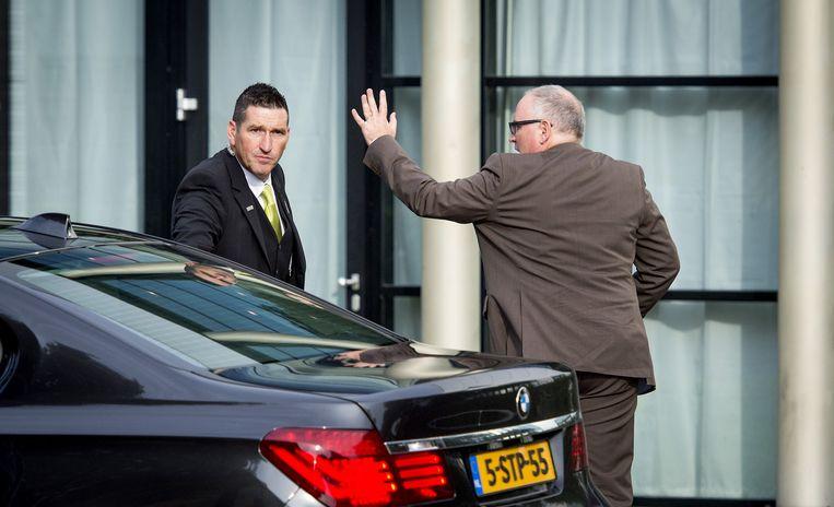 Minister Frans Timmermans (R) van Buitenlandse Zaken arriveert voor de bijeenkomst van nabestaanden van de vliegramp met vlucht MH17. Beeld anp
