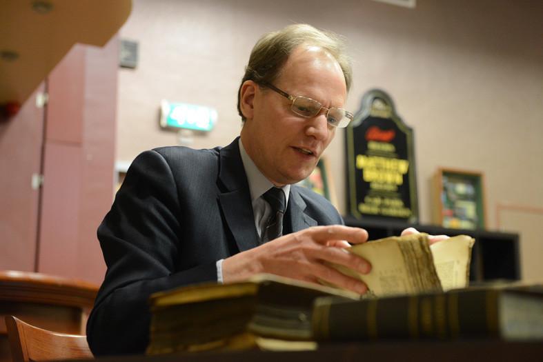 Arie Molendijk taxeert boeken