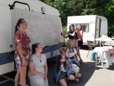 Woonwagenbewoners protesteren voor meer standplaatsen in Roosendaal