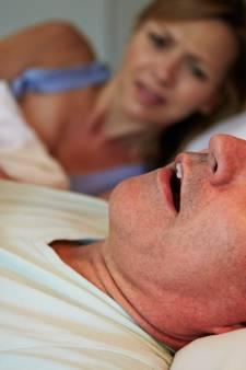 Slimme bedbodem geeft een zetje bij gesnurk
