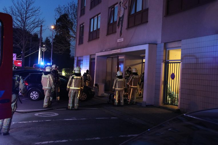 De brandweer was snel ter plaatse, hierdoor bleef de schade beperkt.