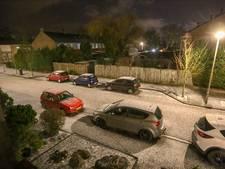Valkenswaard ontwaakt in witte wereld, Helmond in de regen
