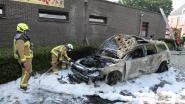 Auto brandt volledig uit na technisch defect