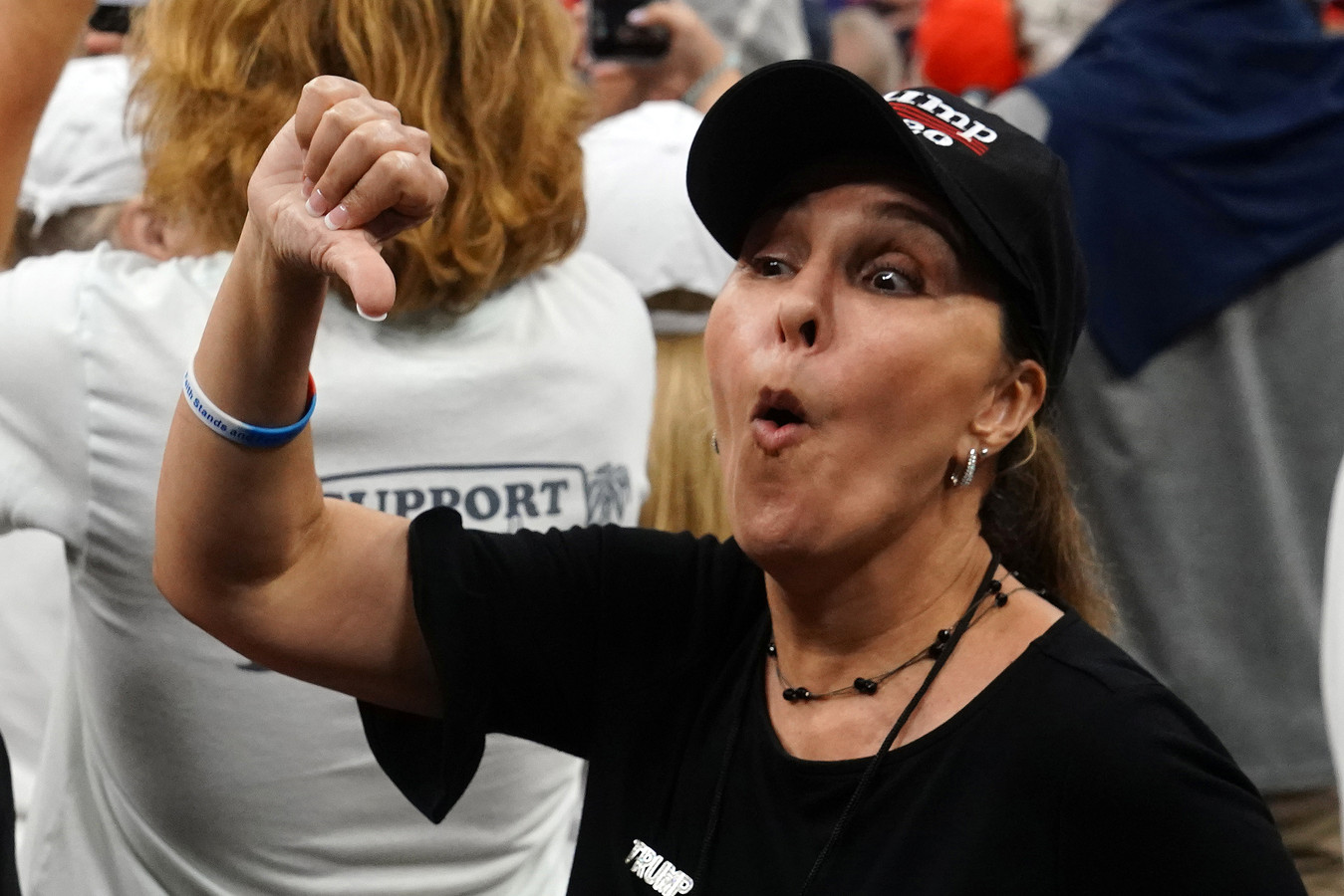 Une supportrice de Trump à Orlando mardi soir.