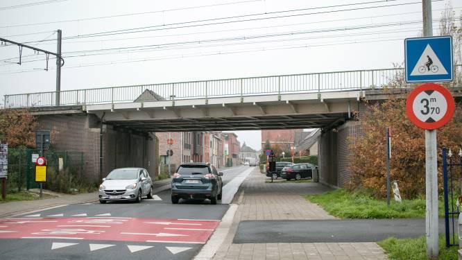 """""""Vanaf paasvakantie knip in Nieuwe Molenstraat uittesten, daarna mogelijk verdere ingrepen in verkeerscirculatie Groot Kloosterland"""": opvallende veranderingen op til in heel stadsdeel"""