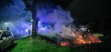 Grote schuur verwoest door brand aan Teersdijk in Wijchen