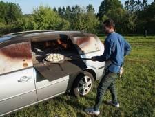 Kunstenaar bouwt auto om tot pizza-oven