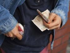 Dordtse drugsdealer met 1200 euro op zak aangehouden in Goes