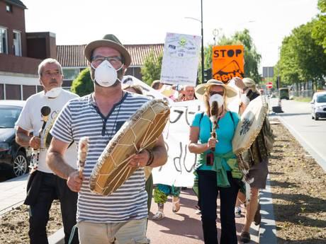 Betogers: Chemours dwingen te stoppen met lozen chemisch afval