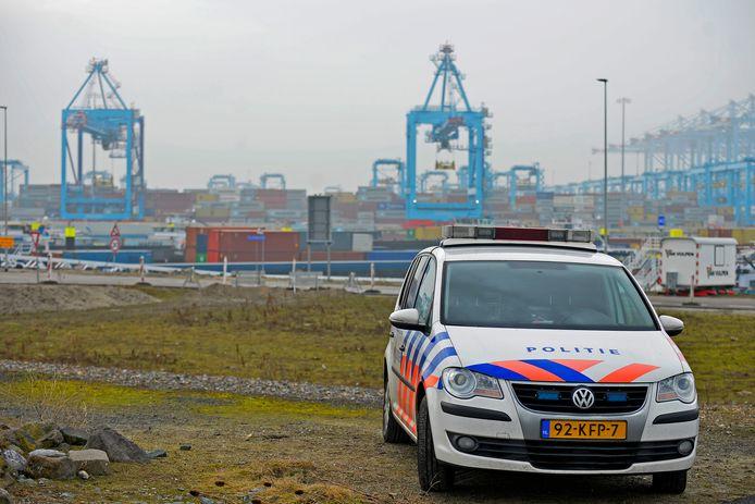 Politie in de Rotterdamse haven.