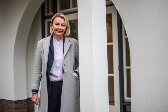 Annemieke Bambach bij het nieuwe Dreyeroord.