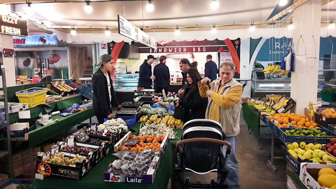 De markthal in Noord lijkt een succes. In Hoogvliet komt er nu nog een.