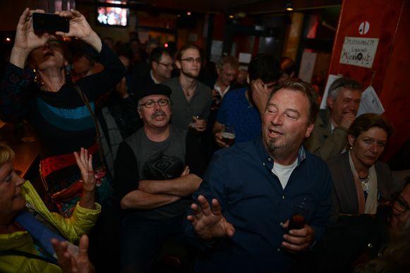 Het publiek geniet voluit tijdens het optreden van Big Bill en co.