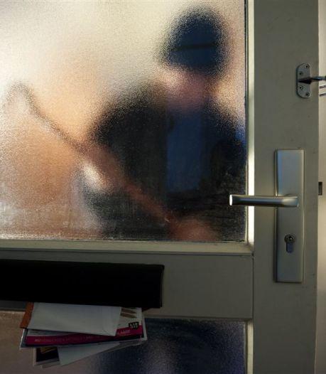 Arnhemse woning overvallen: een verdachte aangehouden, tweede dader nog op de vlucht