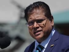 Surinaamse president stopt salarissen duizenden ambtenaren