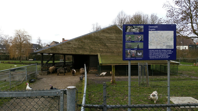 Het bedreigde dierenparkje in Engelen.