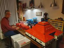 Mensen worden creatief in crisistijd: Doesburger bouwt Lego-paleis