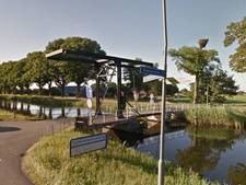 Nieuwe bruggen over kanaal identiek aan die in Apeldoorn
