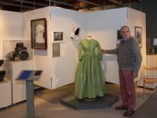 Historische jurken en hoofddeksels van Nijkerkers te zien in museum