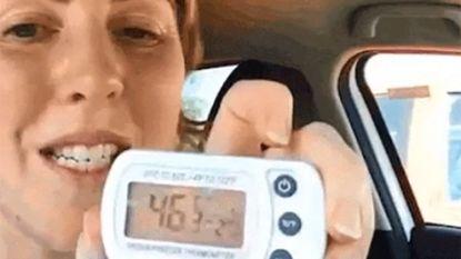 """VIDEO. Dierenarts sluit zich half uur op in snikhete wagen: """"Laat je hond nooit zo achter"""""""