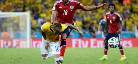 Zúñiga: 'Het was een normale actie tegen Neymar'