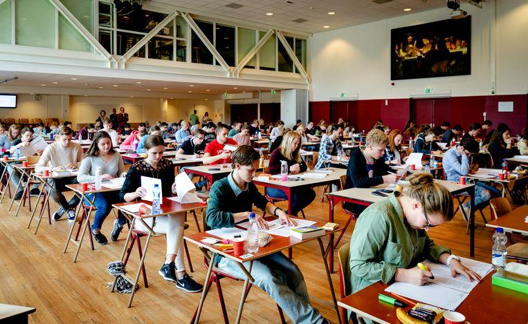 'Spreken over 'de' examens is een nutteloze bezigheid. Een examen Nederlands is niet hetzelfde als een examen biologie.' Beeld ANP