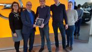 Opel garage Voet voor tweede keer beste Opel dealer van het land