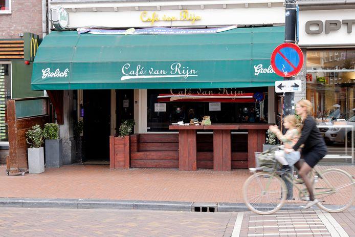 Café Van Rijn.