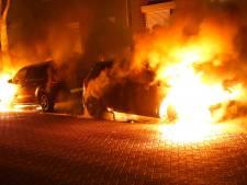 Onrust in Oss na twee weken stilte weer helemaal terug: opnieuw auto's in vlammen op
