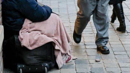 """Steeds vaker bedelaars in straatbeeld Eeklo: """"Bij overlast grijpt politie in"""""""